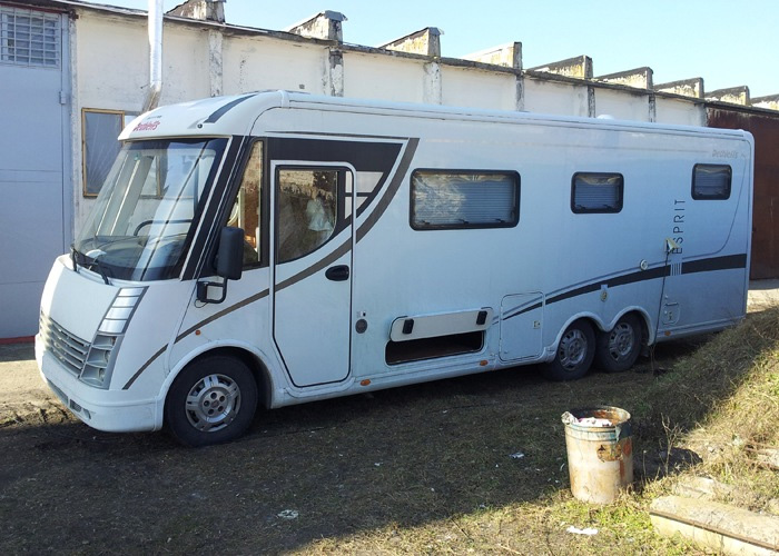 Repair and maintenance of rv